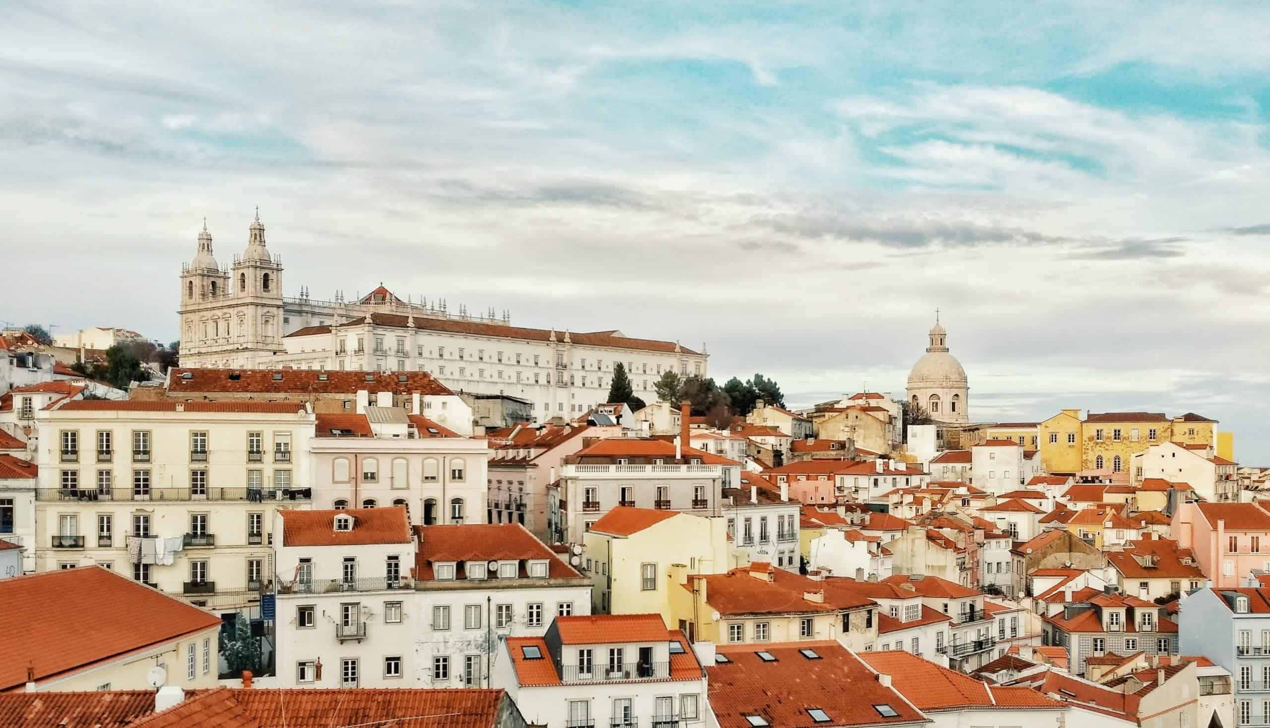 6 Must-See Holy Sites Near Lisbon, Portugal