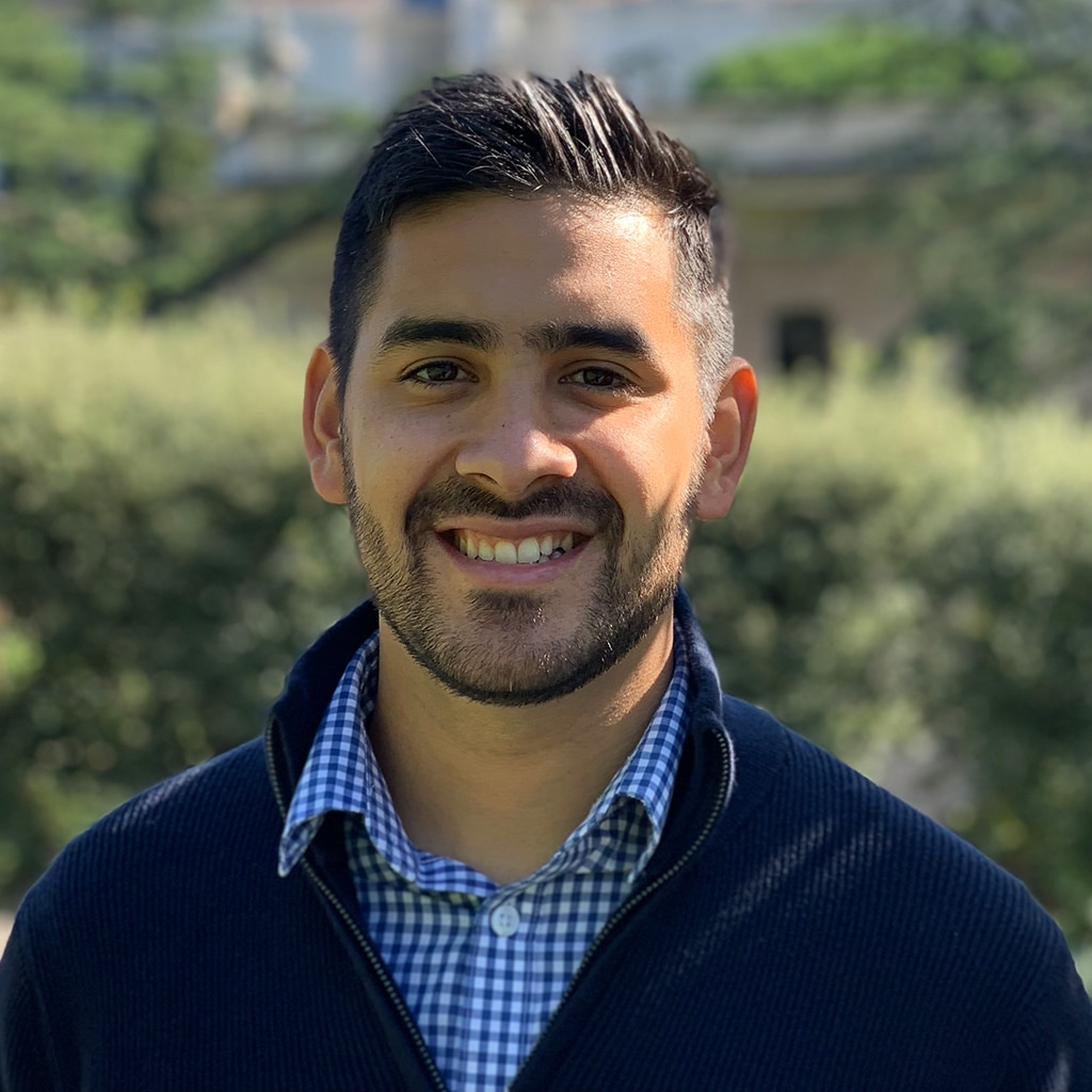 Juan Miguel Alvarez is a graduate intern at Verso Ministries during the Fall 2020 semester.